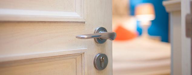 Звук двери